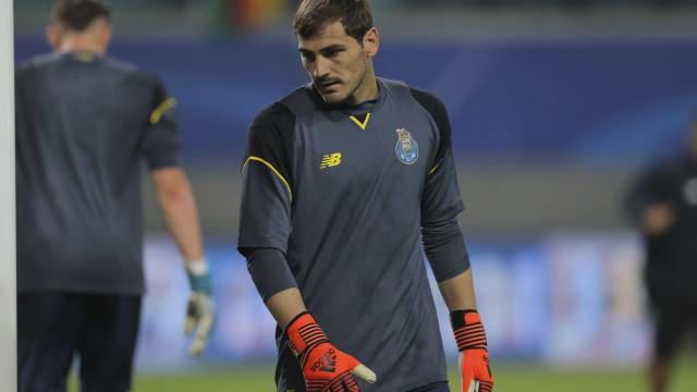 Espanhóis falam na maldição dos suplentes de Casillas
