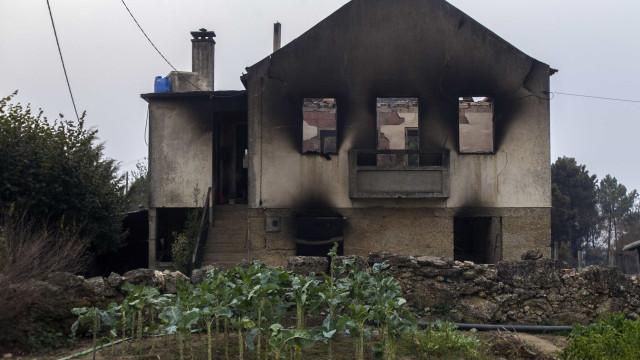 Fogos na região Centro: 45 mortes, 800 casas e 500 empresas atingidas
