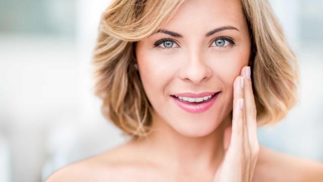 É mesmo preciso adicionar um spray facial à rotina de beleza?