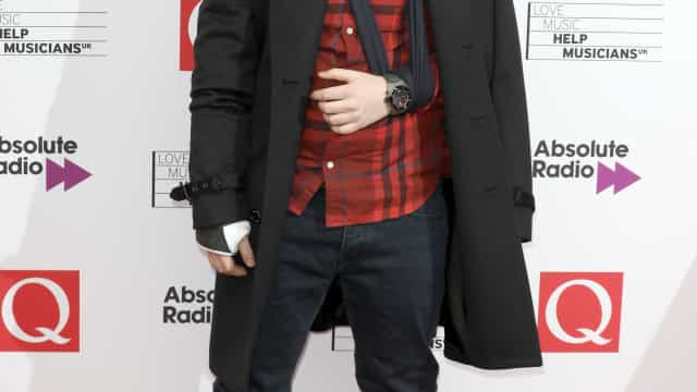Ed Sheeran percebeu que tinha fraturado os braços um dia após o acidente