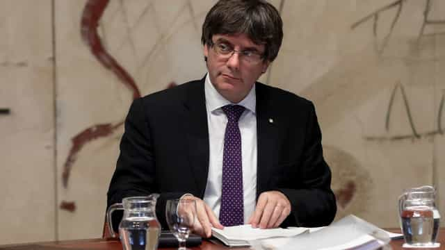 Puigdemont diz que pode ser presidente da Catalunha através da internet