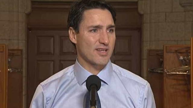 Trudeau não contém lágrimas ao falar de morte de cantor canadiano