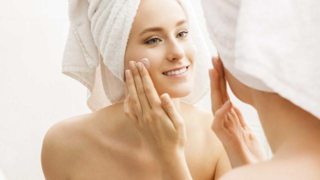 O que deve fazer para ter uma pele facial mais bela e jovem