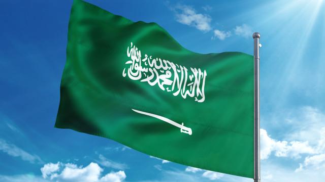 Arábia Saudita expulsa embaixador do Canadá e chama representante