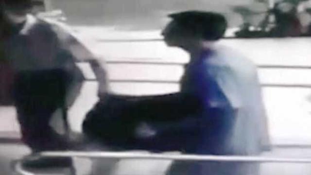 Homem entrega-se à polícia com corpo de filha que matou há 12 anos