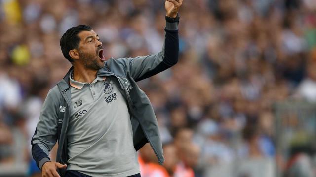 Sérgio Conceição dispensa seis jogadores