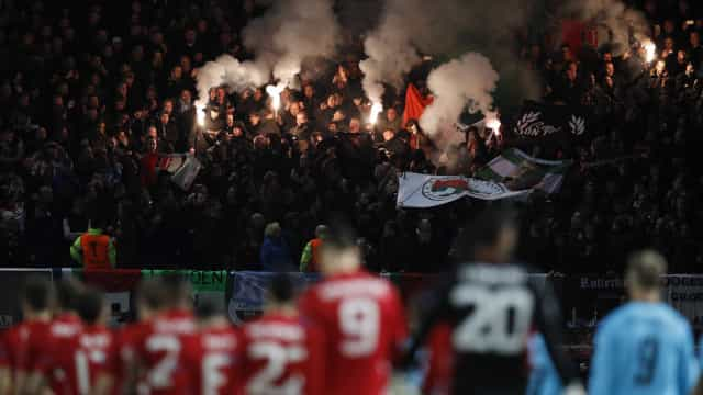 Adeptos do Feyenoord utilizam vítimas do Holocausto para provocar Ajax