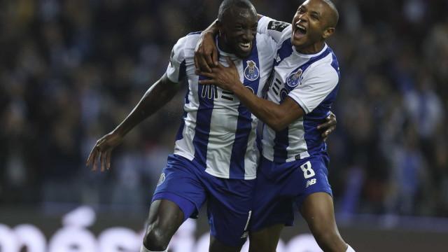 Dragão 'louco' só descansou à meia dúzia. FC Porto 'esmagou' P. Ferreira