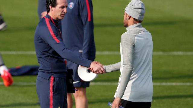 Neymar no centro de nova polémica, agora com o treinador do PSG