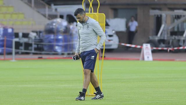 FC Porto regressa aos treinos sem Soares mas com Galeno