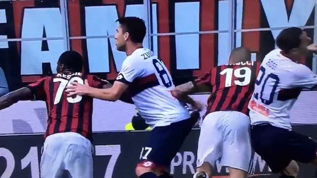 Leonardo Bonucci expulso pelo vídeo-árbitro
