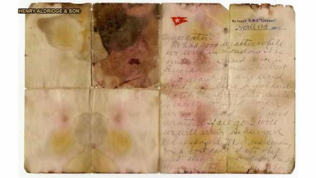 Carta de passageiro do Titanic vendida por mais de 140 mil euros