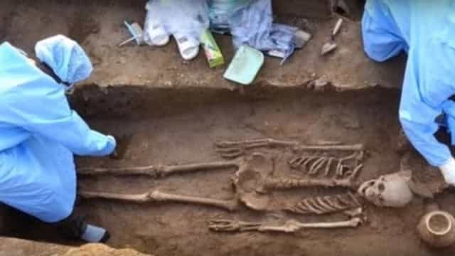 Arqueólogos encontram esqueletos de 'gigantes' chineses com 5000 anos