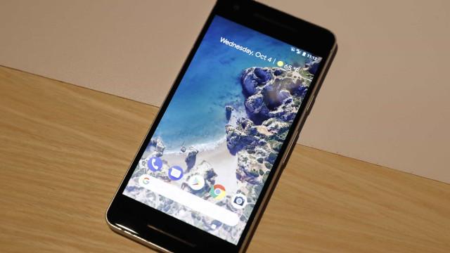 Utilizadores do Pixel 2 XL queixam-se de ecrãs 'queimados'