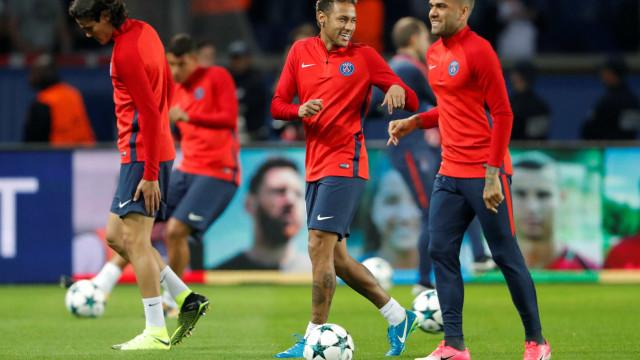 """""""Neymar causa a maior inveja. É milionário, famoso e bonito"""""""