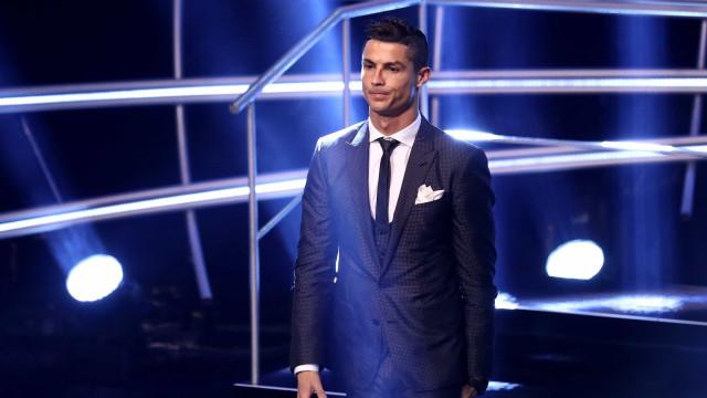 """""""Ronaldo? Parece que temos ciúme dos gajos que têm sucesso em Portugal"""""""
