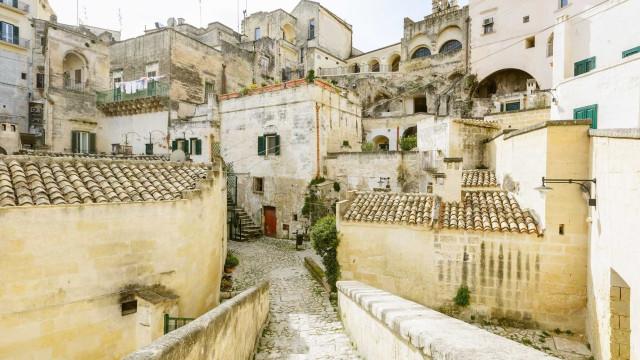 Cidade italiana paga até dois mil euros a quem se mudar para lá