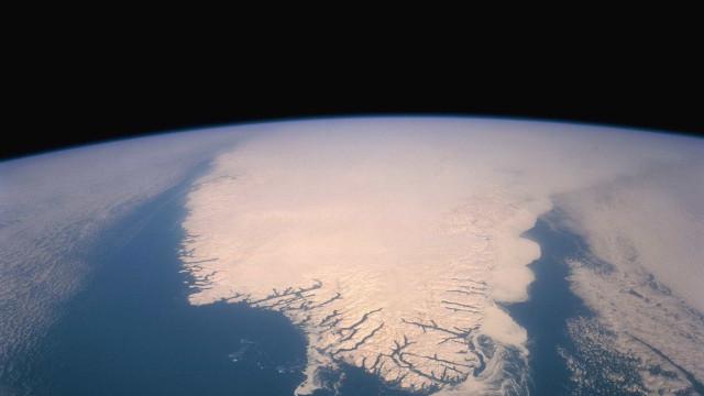 """""""Pode existir vida inteligente nos oceanos de planetas"""", dizem astrónomos"""