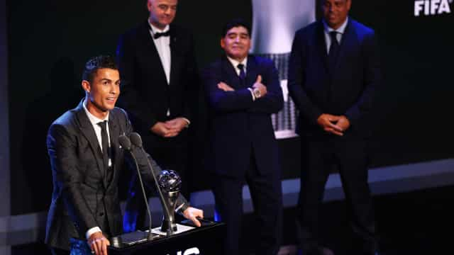 """""""Dar o troféu a Ronaldo e não a Messi... fez-me doer a alma"""""""