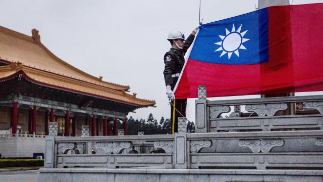 Taiwan vai fabricar misseis de mil quilómetros de alcance