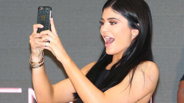 A fortuna que Kylie Jenner conseguir ganhar em pouco mais de um ano