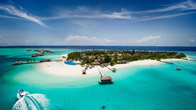 Menino de dois anos morreu afogado nas Maldivas. Estava de férias