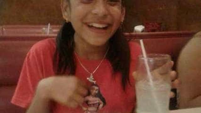 Imigrante de 10 anos com paralisia cerebral detida a caminho de cirurgia