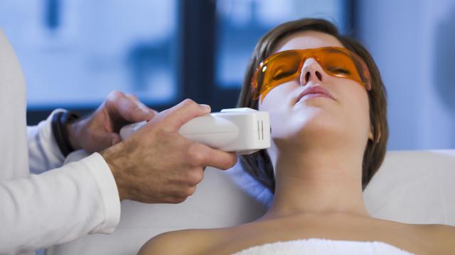 Tudo o que precisa de saber sobre a depilação a laser
