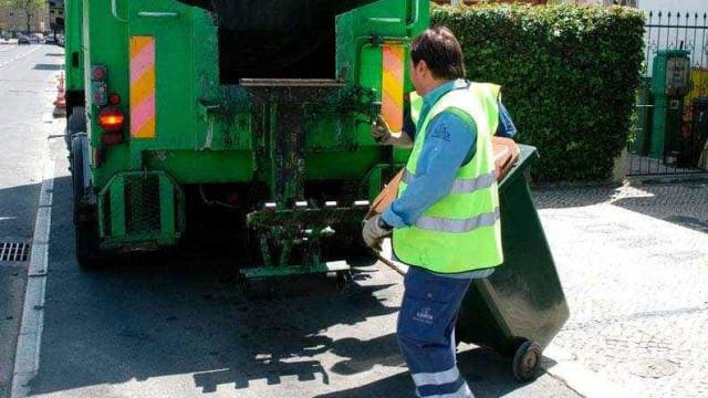 Atenção lisboetas, esta noite não há recolha de lixo