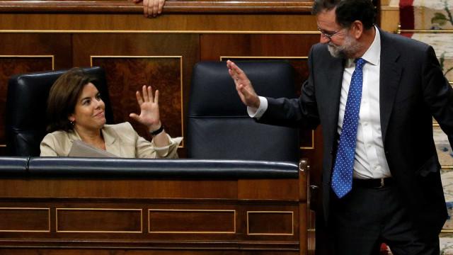 Independência da Catalunha 'travada'. 'Vice' de Rajoy irá coordenar