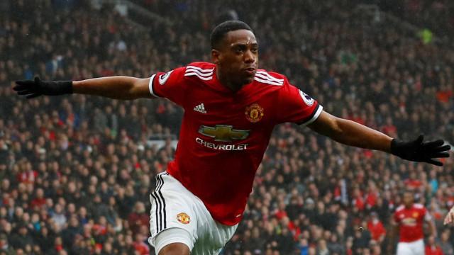 Golo de Martial 'custou' oito milhões de euros ao Manchester United