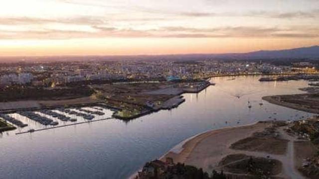 Portimão tem um novo hotel, nascido de uma antiga fábrica