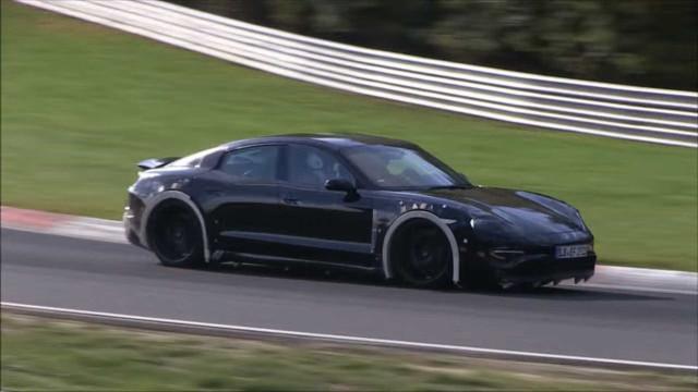 Porsche já está a testar o novo rival da Tesla. Veja o vídeo