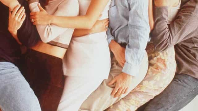 Vício em drogas: Elenco de 'Friends' une-se para ajudar Matthew Perry