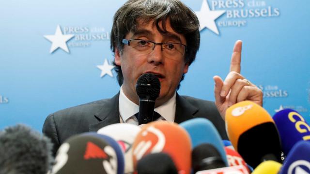 Puigdemont quer responder à justiça espanhola a partir de Bruxelas