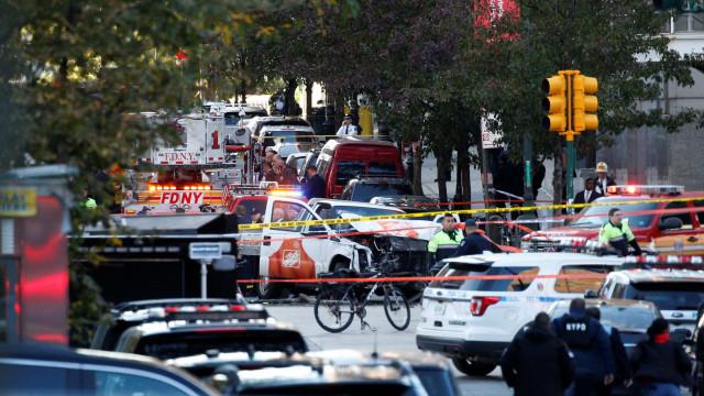 Suspeito gritou Allahu Akbar após atropelamento em Manhattan