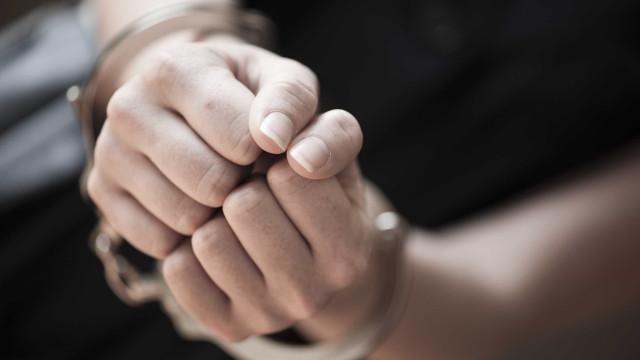 Jovem sofreu acidente de viação e acabou detida por tráfico de droga