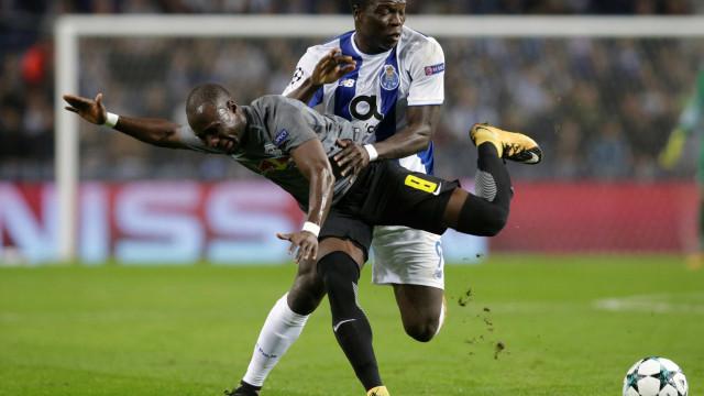 FC Porto com chama de dragão derrota germânicos do Leipzig