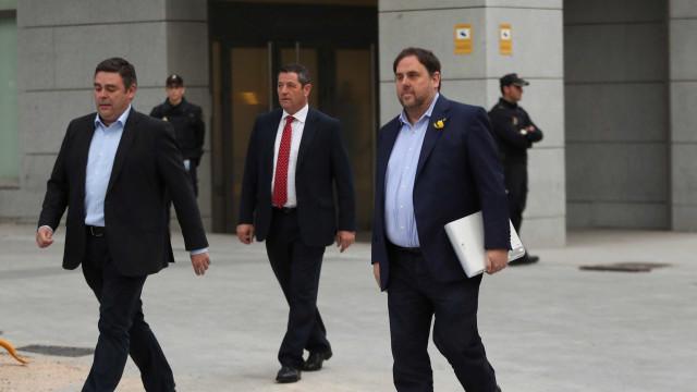 Ministério Público espanhol pede prisão para ex-membros da Generalitat