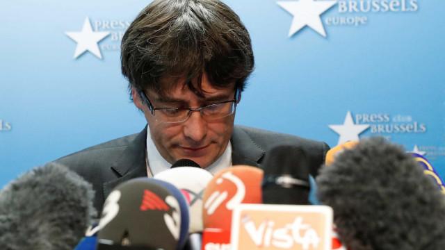 Carles Puigdemont vai ser ouvido por um juiz alemão na segunda-feira