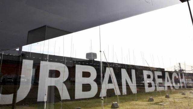 Urban Beach interpõe processo cautelar contra o MAI