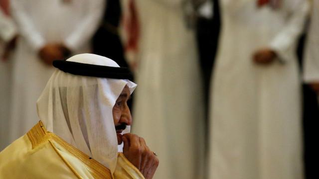 Príncipes, ministros e ex-ministros sauditas detidos por corrupção
