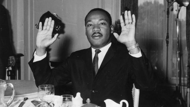 """Martin Luther King: Um """"marxista"""" que cometia """"aberrações sexuais"""""""