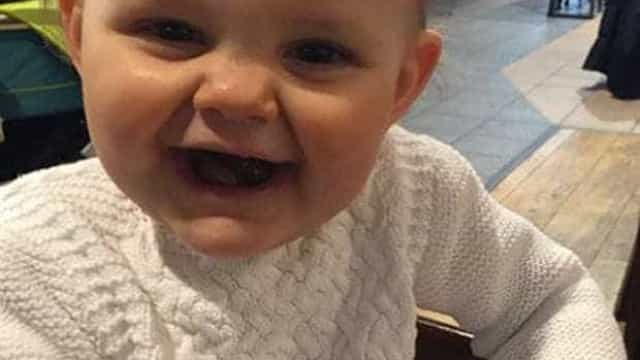 Pai que agitou bebé até à morte considerado culpado de homicídio