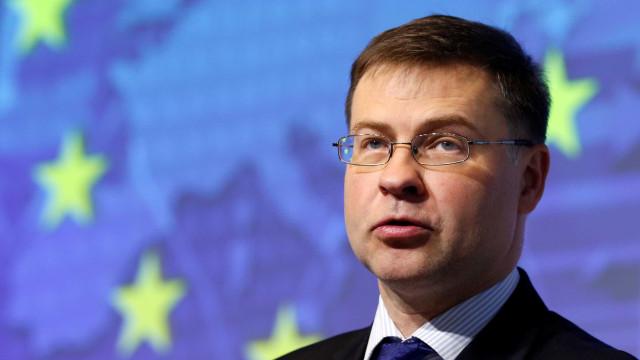 """União Europeia quer ser """"plataforma global"""" para investimentos verdes"""