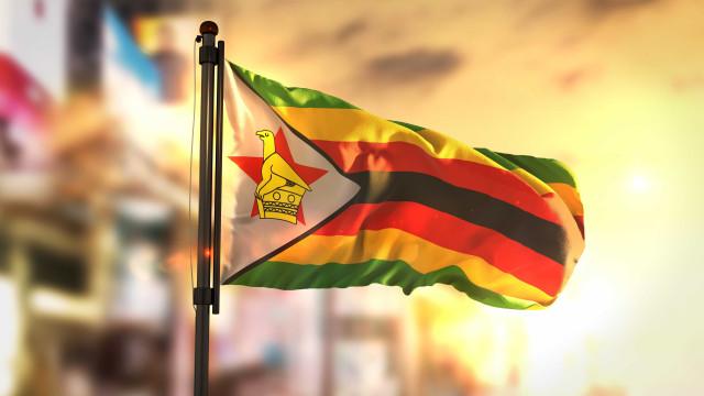 Zimbabué duplica preço dos combustíveis