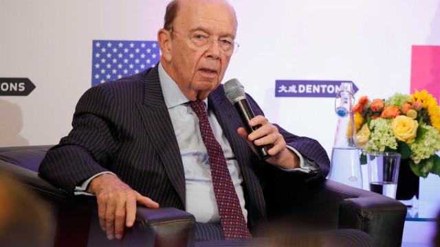 """Secretário do Comércio dos EUA """"roubou"""" 120 milhões de dólares a sócios"""