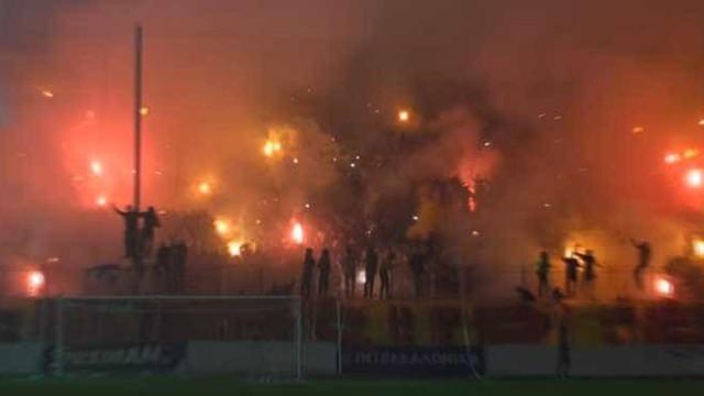 O assustador desfecho do encontro entre as claques de Boca Juniors e Aris
