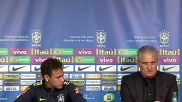 Vídeo: Tite defende Neymar e leva craque brasileiro às lágrimas