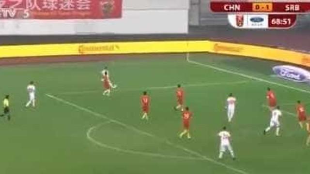 Zivkovic em destaque na vitória da Sérvia na China